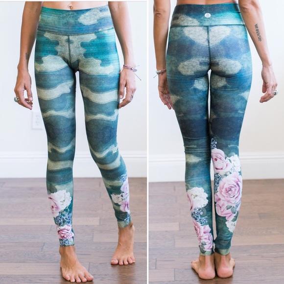 96c995fce4f566 Jiva Pants | Shop Camo Flex Legging Camo Floral Print Xs | Poshmark